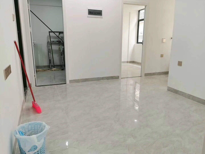 坂田小产权房地铁口200米《佳和苑》带精装修集资房