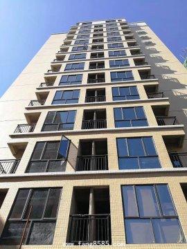 凤岗小产权房【骏龙苑】均价6500绝无暗房。实用率达85%